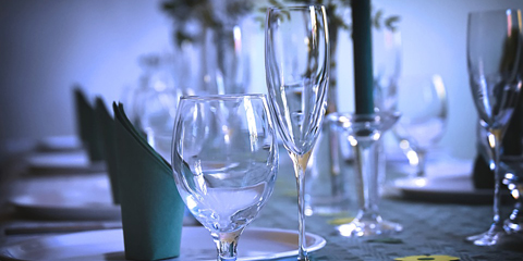 Song sung blue: Amateur night rolls on as you stare into the bottom of your empty glass