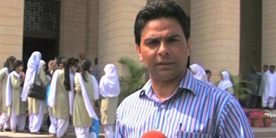 Dunya News reporter survives gun attack