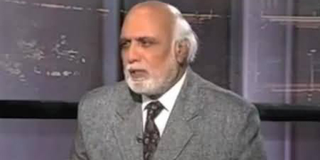 Haroon Rashid says Cyril Almeida 'an irresponsible and careless journalist'