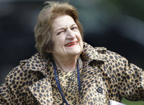 Pioneering reporter Helen Thomas aged into legend