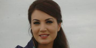 Imran Khan marries broadcast journalist Reham Khan