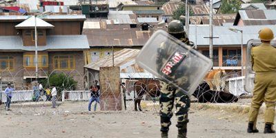 Journalists attacked by protesters as curfew lifted in Kashmir