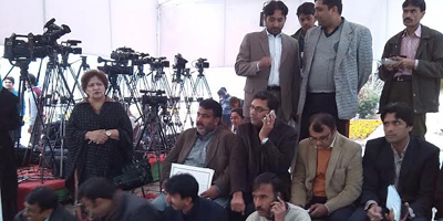 Journalists protest attack on NewsOne reporter, boycott Senate proceedings