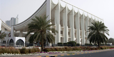 Kuwait passes law tightening online media controls