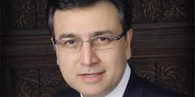 Moeed Pirzada to clarify his position