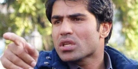 Radio journalist beaten by Afghan politician's bodyguards