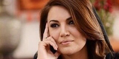 Reham Khan hosts her last program on DawnNews