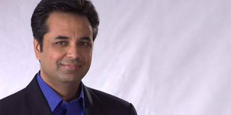 Talat Hussain tweets about his 'held back' column that actually got published