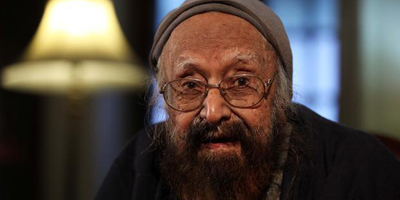 Writer, editor Khushwant Singh dies at 99