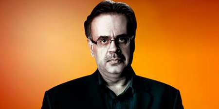 Dr. Shahid Masood flees court just in time to avoid arrest