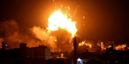 Israeli air strikes destroy TV building in Gaza