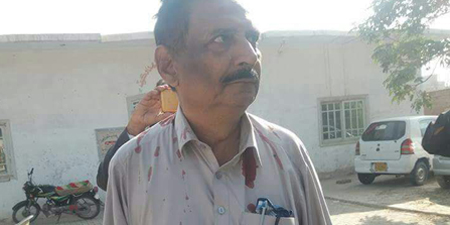 Journalist attacked and injured by land grabbers in Shahdadkot