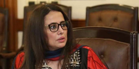 Journalist Mehr Tarar tests positive for COVID-19