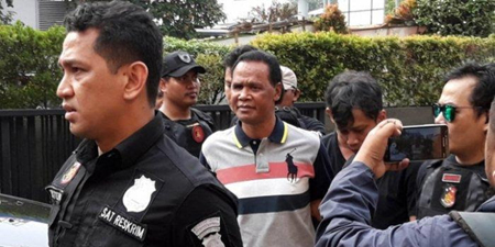 Journalists attacked by a gang leader in Indonesia