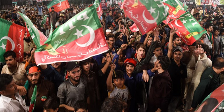 Media and journalists under threat as Pakistan's election looms