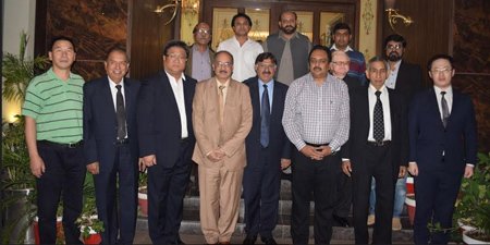 Media think-tank IIRMR hosts Chinese diplomats