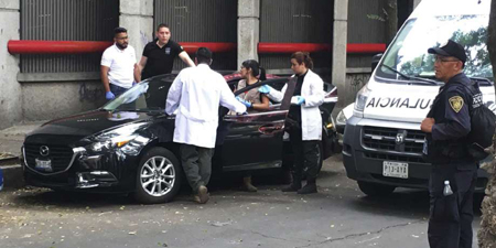 Mexican journalist's bodyguard kills one in apparent carjack
