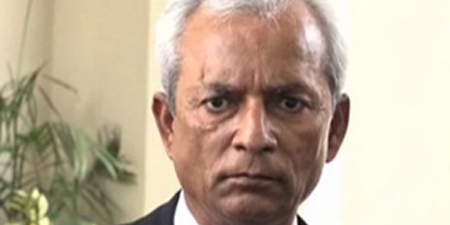 PEMRA serves notices on 14 TV channels for airing Nehal Hashmi's speech