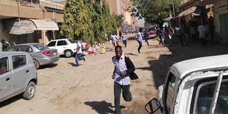 Sudan detains several critical columnists amid protests