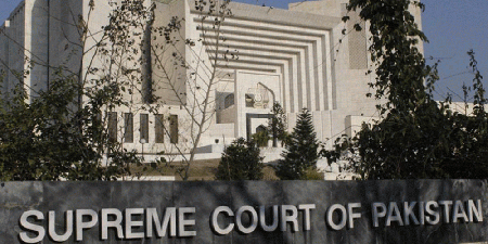 Supreme Court orders TV channels, newspapers to pay pending staff salaries by April 30