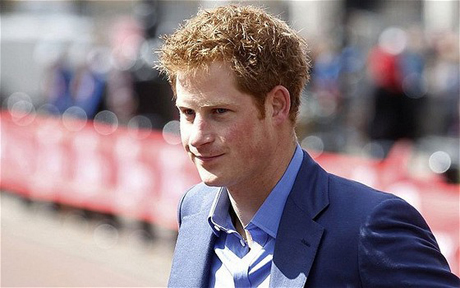 Papers warned over Prince Harry nude photos